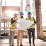 Comment se déroulent les travaux de construction dans un chantier