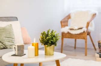Comment enlever de la cire épilation sur un meuble ?