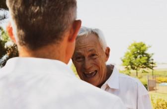 Senior gay : pourquoi préférer les sites spécialisés au détriment des agences de rencontre ?